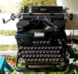 Antique - Vintage Royal Typewriter With Glass Sides & Glass Keys