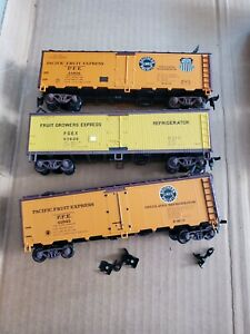 Athearn SP/PFE 40' Steel/Wood Reefers (3 Total)(HO)(Used)