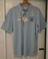 Inglaterra Umbro Azul Camisa Polo de medios 2010/2011 Temporada. Talla XL. nuevo Y En Caja