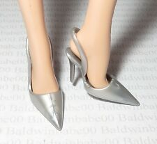 SHOES ~MATTEL BARBIE DOLL MODEL MUSE SILVER SLING BACK POINT TOE PUMPS ACCESSORY