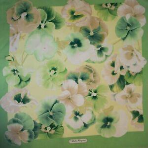 Salvatore Ferragamo authentic pure silk twill fabric. 42 x 44 cm. Floral. Green