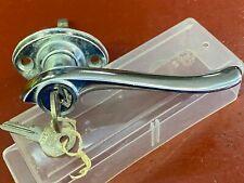 1930 's HUDSON ESSEX 1932 EXTERIOR LOCKING DOOR HANDLE W/ KEYS