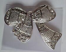 large silver tone diamante bow brooch 6 x 7cm