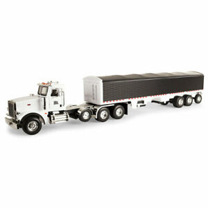 ERTL Big Farm Peterbilt 367 Truck With Grain Trailer 1/16 Scale 46406