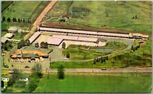 Tupelo, Mississippi Postcard NATCHEZ TRACE INN Motel / Aerial View c1960s Unused