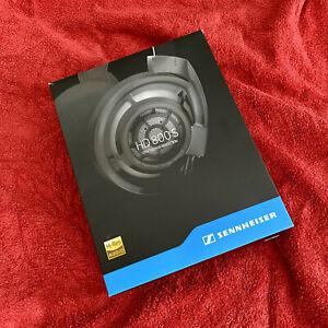 Sennheiser HD800S Headphones - SUPERB condition - all original accessories