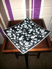 Blüten-Keramik-Schalen