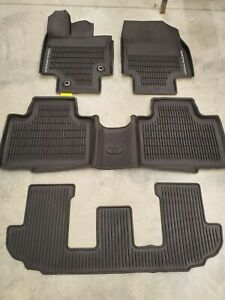 OEM 2020-2021 TOYOTA HIGHLANDER FLOOR MATS RUBBER ALL WEATHER 4PC SET