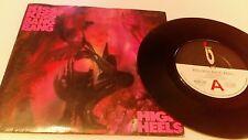 """KISS KISS BANG BANG High heels 👠 7"""" VINYL UK Magnet 1987 MAG 312"""