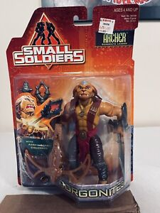 Small Soldiers Archer Gorgonite Leader Action Figure. 1998 Kenner Hasbro on card
