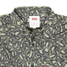 Nwt Levis Hombre Omark Camuflaje Camisa M Verde Negro Estampado Botón Frontal