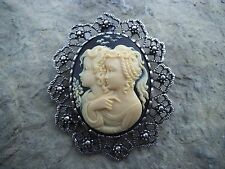 2 IN 1 SISTERS, MOTHER, DAUGHTER, FRIENDS CAMEO BROOCH/PIN/PENDANT!! CHRISTMAS