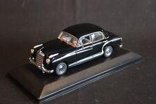 Minichamps Mercedes-Benz 220 Saloon 1956 - 1959 1:43 Schwarz (JS)