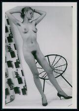 aa19 Pinup pin up nude woman model girl photograph original vintage 1950s photo
