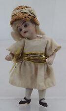 """Antique miniature 3.5"""" Bisque allemande poupée de maison de poupées marquées"""" 8'"""