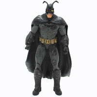 DC Universe Comics Batman Movable PVC Figure Collectible Model Toy 18CM