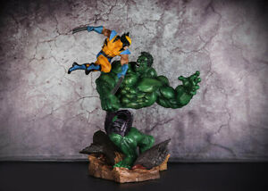 Marvel Hulk vs. Wolverine Oversize Statue Figure Collectible Toys In Stock 14''