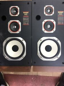 Vintage Fisher 3-way Speakers ds-811,sound Great