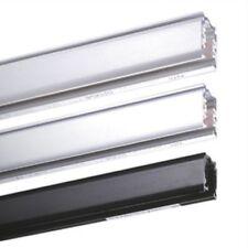 Plafonniers et lustres éclairages sur rail blancs pour le salon