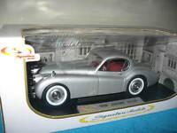 1949 JAGUAR XK 120 SILVER 1:18 SCALE SIGNATURE MODELS OPENING HOOD DOORS & TRUNK