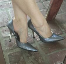 *SiLvER SPaRkLe NEW 8 Pointy Toe CARRIE Stiletto Heel PUMP GuESS HolidaY Party