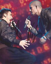 THE WANTED: MAX GEORGE & TOM PARKER SIGNED 10x8 ACTION PHOTO+COA *GLAD YOU CAME*
