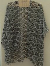 Kimono/Vest-open style-sheer- Damask pattern black white-sleeves- polyester
