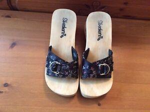 Ladies Sketchers Wooden Heels  Mules, Size 5 Slip Ons...
