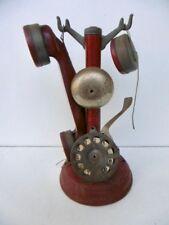 JOUET ANCIEN - RARE TELEPHONE COLONNE EN TOLE - HAUTEUR 27 CM