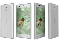 """Cellulari e smartphone bianchi fino a 3,9"""" con 16 GB di memoria"""