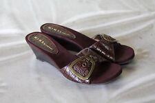 Brown Slide On Sandals Open Toe Wedge Heels Shoes Nine & Company Size 8 VGUC