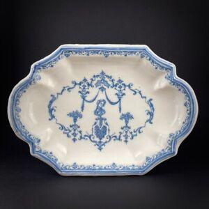 Plat en faïence de Toulouse à décor bérain XVIIIe 18e Sud-Ouest Ardus
