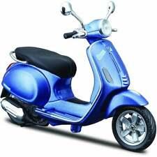 Maisto Vespa Scooter Primavera 150 Blue 1:12  UK Seller