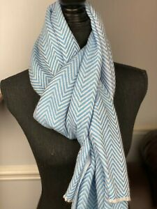 Cashmere Pashmina Scarf, Handwoven Shawl - 6 ply sky blue herringbone