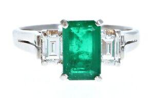 Wow Platinum Natural Emerald & Diamond Ring 3.06ctw 5.1g