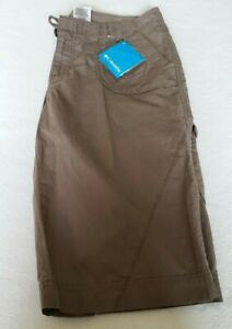 Columbia Callmesa II Women's shorts size 12/ NWT/read please