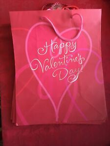 Lot of five Hallmark Valentine's Day gift bags 13x10x5 Red VGB 813-6 New