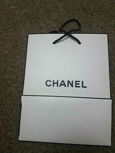 NEW Chanel Gift Bags Brand new medium size