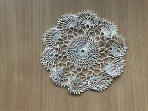Besondere TISCHDECKE ♛ HÄKEL Decke  Handarbeit Creme  ca 11 cm Durchmesser