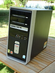 Compaq Presario SR1706FR Pentium 4 2,9 GHz RAM 2Go HDD 250Go 7200t/mn Firewire