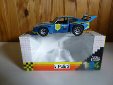 POLISTIL    FORD CAPRI 2000  1/24  Réf: 03116