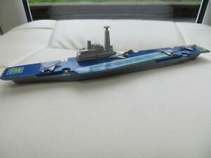 Diecast Matchbox Sea Kings Warship – K304 Sub Air Craft Carrier – 1976