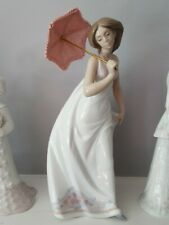Lladro #7636 Afternoon Promenade Bnib Lady With Parasol