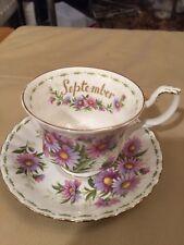 """Royal Albert fleur du mois Tasse et soucoupe septembre"""" - Daisy"""""""