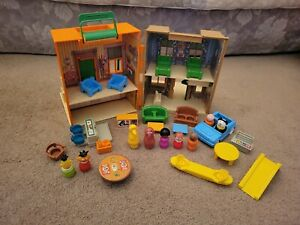 Vtg Fisher Price Little People SESAME STREET Playset House & Accessories #938