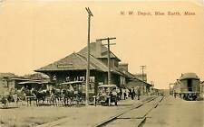 Minnesota, MN, Blue Earth, N. W. Depot Early Train Station Postcard Railroad