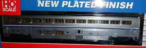 Walthers HO scale - Amtrak  Superliner II  Coach  Ph 4B  -  932-16102
