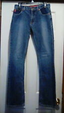 GUESS - Mexico Made- Slight Bottom Flare Skinny Leg Straight JEANS - 26- (28x33)