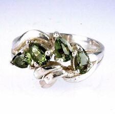 Anelli di lusso con gemme verde naturale in argento