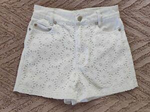 White Broderie Denim Shorts MINK PINK Size 8 Cute *M